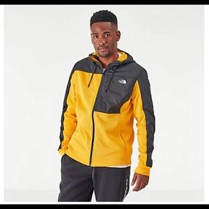 The North Face Essential fleece hoodie